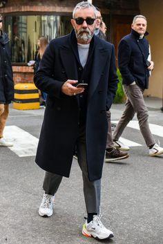 Men fashion casual 453456256229597489 - Mens Fashion Sneakers Product Source by damleg Old Man Fashion, Winter Fashion, Mens Fashion, Stylish Mens Outfits, Casual Outfits, Fashion Outfits, Men Street, Street Wear, Nike