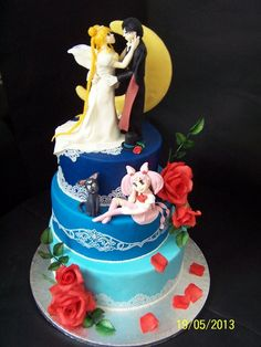 """""""Over The Moon Over For You"""" Wedding Cake ~  excellent work!"""