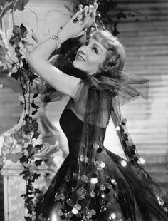 Claudette Colbert in Bluebeard's Eighth Wife