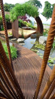 Garden structures may add your landscape by increase style and character. Check out our garden structure plans and ideas to create your own backyard wonderland that reflects your personality Backyard Garden Design, Backyard Landscaping, Modern Backyard, Modern Landscaping, Balcony Garden, Landscaping Ideas, Garden Structures, Garden Paths, Garden Web