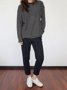 Death By Elocution - Minimal + Chic Tomboy Fashion, Look Fashion, Korean Fashion, Fashion Outfits, Womens Fashion, Fashion Weeks, Minimal Chic, Minimal Fashion, Bon Look