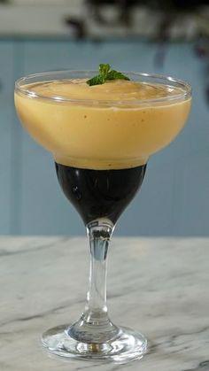Creme de papaia com cassis é uma ótima sobremesa para aqueles dias mais quentes!