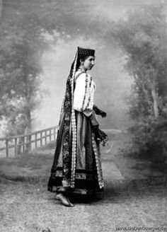 Folklore, Ottoman, German, Goth, Costumes, Traditional, Fitness, House, Pictures