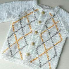 Knitting Patterns Modern 76 stitches himalaya coral 3 no sis Kids Knitting Patterns, Baby Cardigan Knitting Pattern, Baby Boy Knitting, Knitting For Kids, Baby Patterns, Free Knitting, Crochet Kids Hats, Knit Or Crochet, Crochet Clothes