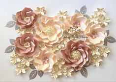 Mini paper flower backdrop - Set of WILD ROSE and HYDRANGEA paper flowers BASIC set size and quantity of flowers (13 in total):  2 Big Wild Roses with featured centres is 30 cm (11 inches) 5 Small Wild Roses are 24 cm (9,5 inches) 6 small hydrangea flowers 6 and 10 cm (4,5 inches)  leaves to decorate   !!! PLEASE NOTE this set comes as a BASIC set of 13 flowers!   you can add 15 more hydrangea flowers to form little clasters of them here and there or to spread all over your backdrop - choose…