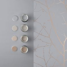 Combining a soft grey textured paper with beautiful rose gold metallic, Boreas soft grey is a contemporary take on a classic design. Grey Wallpaper Lounge, Kitchen Wallpaper Accent Wall, Grey And Gold Wallpaper, Grey Textured Wallpaper, Wall Wallpaper, Bedroom Wallpaper, Gold Painted Walls, Gold Walls, Feature Wall Living Room