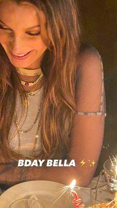 Bella Hadid Birthday, Fashion Bella, Bella Hadid Outfits, Classy Aesthetic, Kardashian Jenner, Lady And Gentlemen, Photo And Video, Hair Styles, Beauty