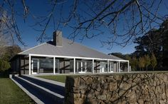 Southern Highlands Residence by Katon Redgen Mathieson