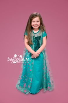 Your princess will be excited to wear this new Frozen Fever Elsa dress! This dress is professionally made and of good quality fabric. Proudly made in the USA! Dress runs large if child wears size 7 order size if they need size 8 order Fairy Makeup, Mermaid Makeup, Makeup Art, Fantasy Hair, Fantasy Makeup, Ice Queen, Snow Queen, High Fashion Makeup, Elsa Dress