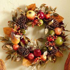 This wreath just screams AUTUMN!