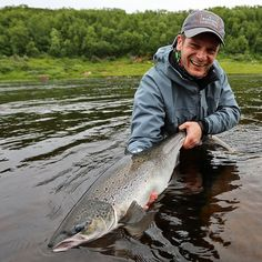 Yokanga Salmon .... the good old pre covid-19 times!  #fishingmakesyouhappy #fliegenfischen #catchandrelease #itonlycountsonthefly #flytying #aosfishing #fishing #fischen #flyfishing #fluefiske #fluefiskeri #perhokalastus #vliegvissen #tightlines #pescaconmosca #pechemouche #graz #austria #angeln #keepemwet #keepemwetfishing #keepfishwet #flyfishingaddict #SEEWHATSOUTTHERE @orvisuk @aosfishing @orvisflyfishing @loop_tackle @simmsfishing @guidelineflyfish @rioproducts @skinnywaterculture @ahrexho Bass Fishing Tips, Fly Fishing, Salmon Fishing, Good Old, Graz Austria, Russia, Spanish, Bucket, Fire