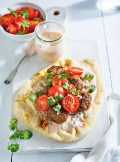 Beef Keftas on Naan Bread Make Naan Bread, Beef Gyro, Beef Recipes, Cooking Recipes, Paleo, Healthy Summer Recipes, Sandwiches For Lunch, Unique Recipes, Food Inspiration