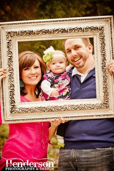 Family Photography. Individual family groups could have frames but yet be in one picture together.