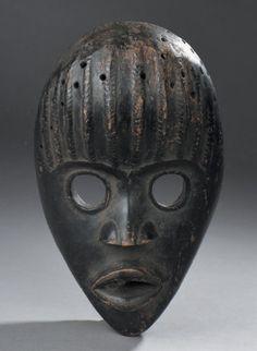 Dan Gunyege Mask, Ivory Coast http://www.imodara.com/item/ivory-coast-dan-gunyege-racing-mask/