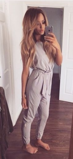 Stylish Round Collar Solid Color Lace-Up Sleeveless Jumpsuit For Women