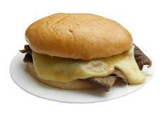 Barros luco ...riquisimo sandwich que lleva filete de ternera y queso derretido muy simple pero delicioso..