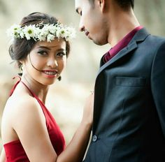 Moments to love.. Bring on the summer weddings.. #Make Up & #Hair 👰🏽 @winda.salon . . https://www.facebook.com/Winda-Salon-186561831841946 . . . Booking your date 👇🏾 Ph. (08123817394) WA : 081220815822 (fast respon)  Email : windasalon@yahoo.com Line : aw.winda  #batubulan #gianyar #bali #balifashion #balifashiontrend2018 #balimodel #balimodels #balimodelagency #balimodelling #balibeautyblogger #makeupbalige #bridemakeupbali