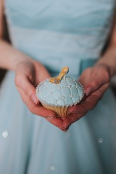 Cinderella Cake Cup Shoe Blue Magical Fairytale Disney Wedding Ideas http://www.beckyryanphotography.co.uk/