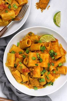 This Vegan Pumpkin Curry Pasta uses less than 10 ingredients and comes together in 15 minutes. Easy. Quick. Creamy. Cozy. Warm. Flavorful.