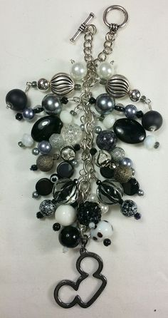Mickey Ears Black & White Purse Charm ~ available at www.etsy.com/shop/magic365 Tassel Jewelry, Beaded Jewelry, Jewelery, Disney Keychain, Mom Ring, Handmade Purses, White Purses, Hanging Ornaments, Artisan Jewelry