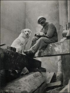 Self-Portrait with Polaire by Constantin Brancusi, 1921 Modern Sculpture, Sculpture Art, Organic Sculpture, Romania People, Constantin Brancusi, People Of Interest, Portraits, Vintage Dog, Dog Photos