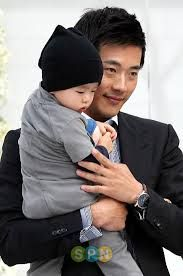 kwon sang woo and his son