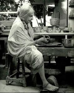 """Beatrice Wood: When asked the secret of her longevity, she would simply offer """"art books, chocolates and young men"""". Wood said """"My life is full of mistakes. They're like pebbles that make a good road. Kintsugi, Georg Christoph Lichtenberg, Beatrice Wood, Mary Cassatt, Drop Dead Gorgeous, Beautiful, Ceramic Studio, Pottery Studio, Ceramic Artists"""