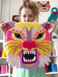 Funky Rugs, Diy And Crafts, Arts And Crafts, Art Textile, Idee Diy, Punch Needle, Rug Hooking, Diy Projects To Try, Embroidery Art