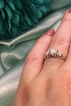 Oval engagement rings are some of the most sophisticated and stylish diamond engagement rings around. Elegant Engagement Rings, Oval Engagement, Three Stone Engagement Rings, Diamond Engagement Rings, Diamond Choker, Round Diamond Ring, Diamond Jewellery, Round Diamonds, Beautiful Diamond Rings