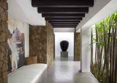 Walkway, Villa Hana Bali, http://prestigebalivillas.com/bali_villas/villa_hana/18/service_facility/