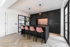 Hans Kwinten Interieurprojecten in Bergeijk. My Kitchen Rules, Home Decor Kitchen, Kitchen Interior, Home Kitchens, Modern Kitchen Design, Home And Living, Sweet Home, New Homes, House Design
