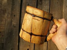 DIY how to make a drinking mug without power tools.  (Only a hatchet & pocket knife.)