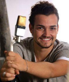 Valerio Scanu. I need to get me an Italian man! <3
