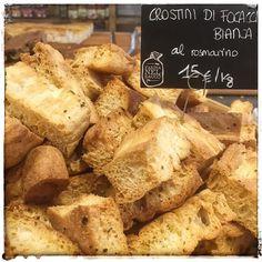 scusate ma...altro che le patatine fritte!  @farinanelsaccotorino #crostini #focaccia