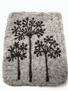 Felted wool trivet / coaster / hot plate Autumn grey by NORDICFELT