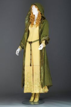 Elle Fanning Aurora Costume 1000+ images about DIY...