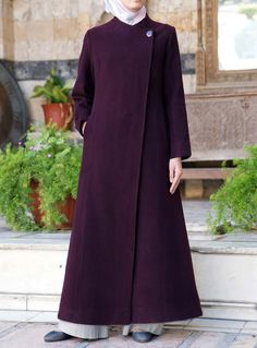 Tailored Wool Jilbab Save If you are looking for a heavier weight jilbab, this is it. Simply designed and elegantly cut, it will be your stylish go-to jilbab. Queen Style, Abaya Fashion, Fashion Dresses, Habits Musulmans, Estilo Abaya, Modele Hijab, Mode Abaya, Muslim Women Fashion, Abaya Designs