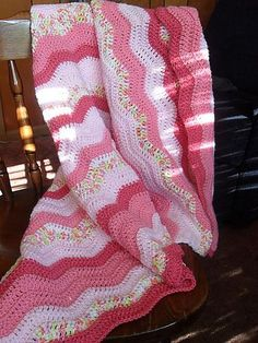 Free crochet blanket pattern...I like the color combinations.