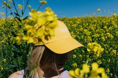 Mellow yellow: the Court Side Hat. Vans Hats, Vans Girls, Girl Blog, Girl With Hat, Mellow Yellow, Mood, Sneakers, Outfits, Clothes
