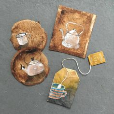 tea bag art at DuckDuckGo Tea Bag Art, Tea Art, Diy And Crafts, Arts And Crafts, Paper Crafts, Recycling Containers, Storage Containers, Used Tea Bags, Creation Art