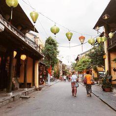 xotoursCalm & beautiful Hội An. Photo by @quangvinh  #travel #travelgram #wanderlust #vietnam #hoianancientown #xotours #tourist #backpacker #adventure #citytour #people #local #lifestyle #beautiful #instadaily #picoftheday #wheninvietnam Like
