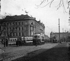Pokračujeme přes Letnou, pohled z roku 1916. Czech Republic, Old Photos, Cities, Old Things, Street View, Photography, Inspiration, Photos, Historia