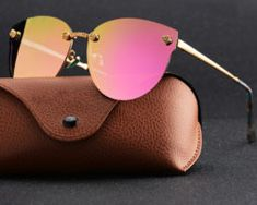 Viral Trend, Sunglasses Case, Trends, Hot, Outfits, Fashion, Clothes, Moda, Suits