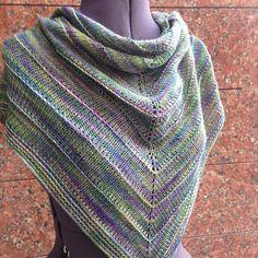 Boneyard Shawl by Stephen West, knitted by @mastar_yarn   malabrigo Mechita in Indiecita