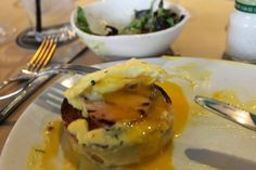 The Simple Treat | Eggs benny with yolk!