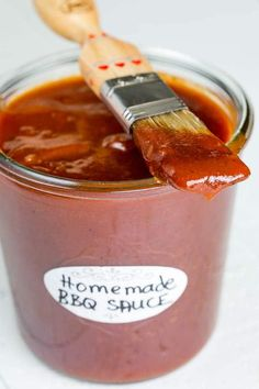 You've got to try this homemade bbq sauce for your summer grilling. You'll never look back! This's the basic version, but it's so easy to customize it to your own taste.
