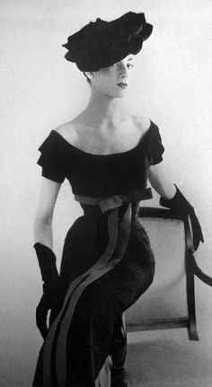 1951, Vogue Paris #Fashion #Vintage