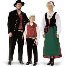 n/Härmän puku, perhekuva Folk Costume, Costumes, Folk Clothing, National Art, Ethnic Dress, Folk Fashion, Ancient History, Europe, 7 Continents
