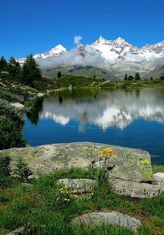 Grünsee Zermatt. Foto: Jochen Ihle, Wandermagazin SCHWEIZ