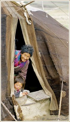 Nomads in the Tchangthang - , Tibet